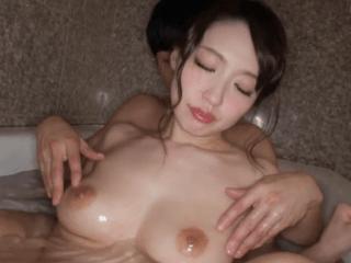 アラフォーの色白美熟女がセックスの快楽に目覚め、男を欲する