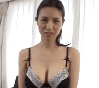 武藤あやか 義父の性処理を断り切れない乳輪大き目のスレンダー美巨乳妻