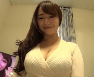 ローラさん(29)乳輪の直径3センチwwww透け乳首画像公開でバレちゃったwwwww(※画像あり)