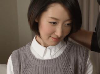 西田春奈 清楚で超美人の奥様、細身ボディで甘えるしぐさが魅力的
