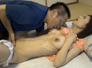 武藤あやか 純粋無垢な綺麗な人妻!クビレボディの巨乳人妻が義兄のテクニックで性の快楽に目覚める