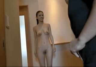 武藤あやか お宅に訪問するといつも全裸で迎えてくれる人妻!アラフォーのスレンダー巨乳奥様が男たちを魅了!