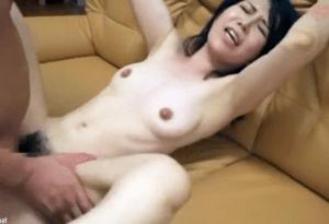江口容子 清楚そうに見えて普段から男を喰いまくっている50代の淫獣奥さん!高まる性欲のままに我を忘れて大絶頂するデビュー作!