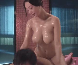 王李丹 これは神乳!モンゴル族の乳神様と呼ばれる人気女優が映画で超絶ボディを晒す!