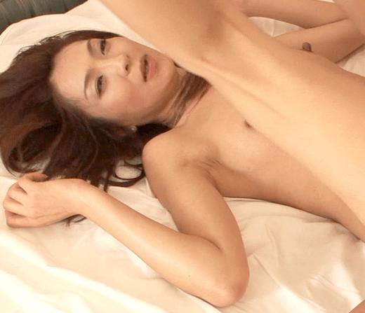 北野香奈枝 妖艶熟女はスレンダーでデカ乳首!女子力高めの熟女はセックスも超過激で最後は口内射精!