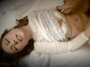 一人で寂しく呑んでる美人奥様を発見!欲求不満気味のアラサー専業主婦とホテルで激エロ濃厚セックス!
