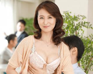 北川礼子 スレンダーな体と外向きのおっぱいとデカ乳首の人妻が他人棒でイキまくる!