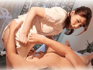 嫌々ながらもお金の為にスペシャルな性的サービスを提供する献身妻!