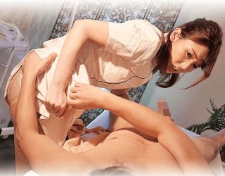 波多野結衣 嫌々ながらもお金の為にスペシャルな性的サービスを提供する献身妻!