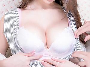 【人妻ナンパ】ブラからこぼれそうなGカップ巨乳の奥様!スタイル抜群の超絶美人妻の生中出しに成功!