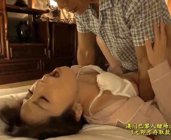 佐々木あき 罪悪感を感じつつも男根の誘惑に負けた貧乳人妻!旦那に内緒で義弟と濃厚セックス!