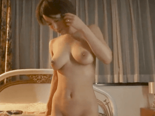 Hカップの巨乳とくびれがエロ過ぎ!旦那に内緒で美巨乳ボディを快楽にまかせて背徳セックス!