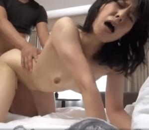 脱がせてみると顔に似合わず超巨乳の奥さん!電マで失禁しホテルでは超淫乱ぶりを晒し中出しセックスを堪能!