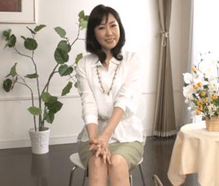 福田由貴 55歳とは思えないビューティ奥様!快感に悶えながらも上品さを忘れない超美熟女!
