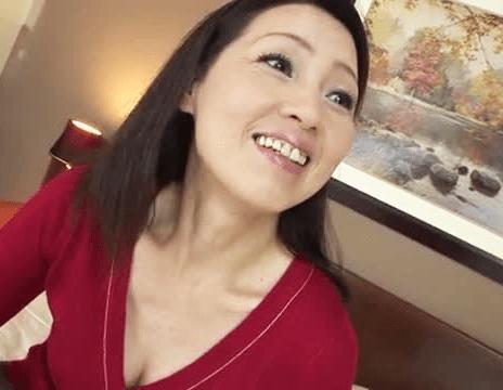 石原よしえ ホントに55歳!?性欲MAXの巨乳五十路妻がセックスしたくてAV撮影に応募!