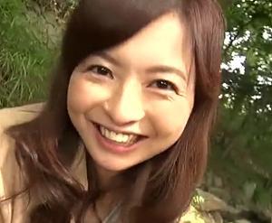 塚田由美 キュートで可愛い四十路の奥さん!ハニカミながら晒した裸体の熟れ具合がエロ過ぎ!