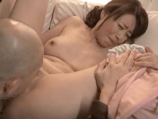 美人で清楚な人妻がレイプされながらも乳首ビンビン!嫌がりながらも性処理ペットと化してしまう変態妻!