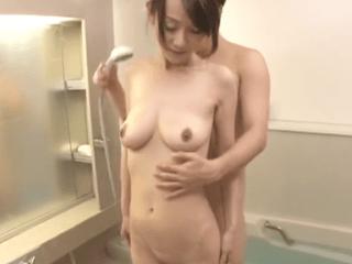 【初撮り】出産後セックス経験ゼロの熟女妻!好奇心旺盛な奥様は垂れパイを恥ずかしながらも他人チ〇ポに興味深々!