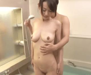 出産後セックス経験ゼロの熟女妻!好奇心旺盛な奥様は垂れパイを恥ずかしながらも他人チ〇ポに興味深々!