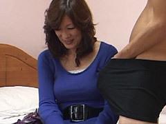 北原夏美 四十路の巨乳主婦が万引きで捕まり、代償に店主と性交し潮吹き&痙攣!