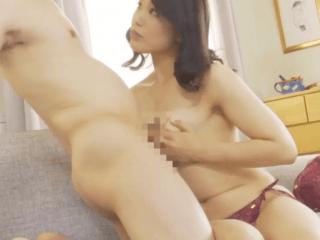 43歳の妖艶過ぎる完熟ボディの奥さんは性欲強すぎ!旦那には見せたことのない性欲丸出しの淫らな姿を晒しちゃう熟女妻!
