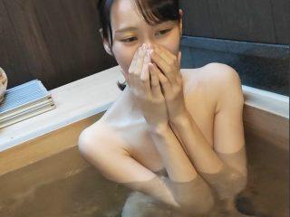 【個人撮影】ミスコン入賞経験ありの172cm貧乳スレンダー女子が可愛すぎ!恥ずかしがり屋の彼女と貸切風呂でハメまくっちゃう!