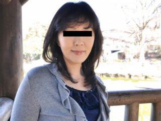 【素人熟女】『新垣里子 44歳』閉経済みだから中出しOKな社長夫人が無修正AV出演!!